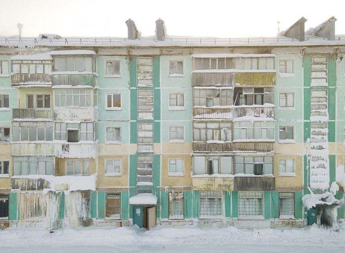 «Замёрзший» российский город: люди бросили все и сбежали С миру по нитке