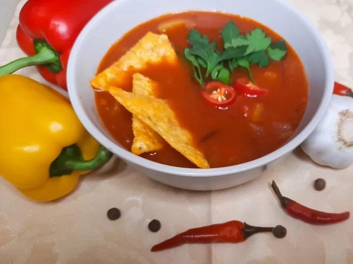 Острый мексиканский супец с начос
