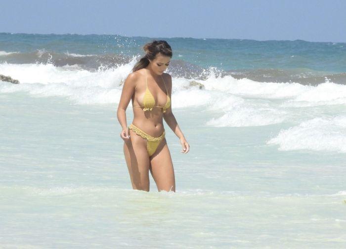 1618888322 shlotc v bikini 13