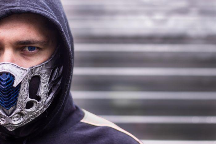 Как сделать маску Саб-Зиро из нового фильма по вселенной Mortal Kombat своими руками Как это сделано