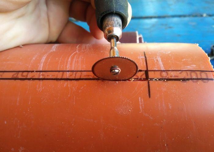 Классная самоделка для гаража: диспенсер для наждачной бумаги Как это сделано