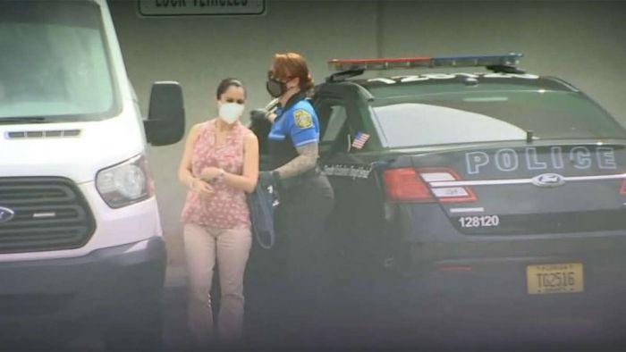 Беременную учительницу арестовали за секс с 15-летним подростком в США С миру по нитке